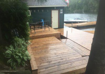 Custom deck builder supplier installer